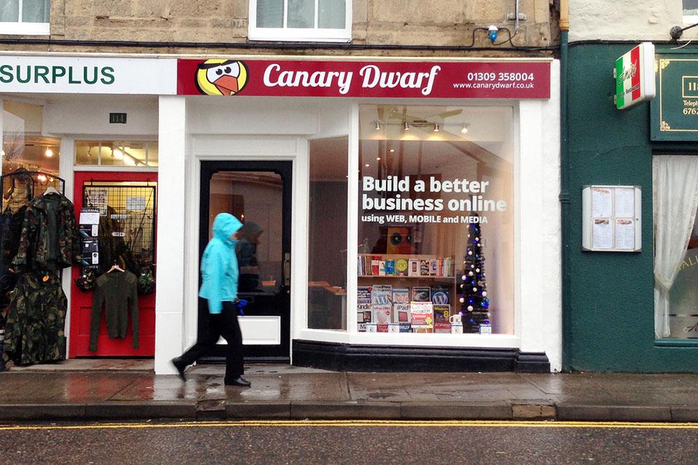 Canary Dwarf on the High Street